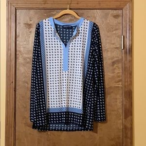 Long sleeve multi-blue top with pattern.